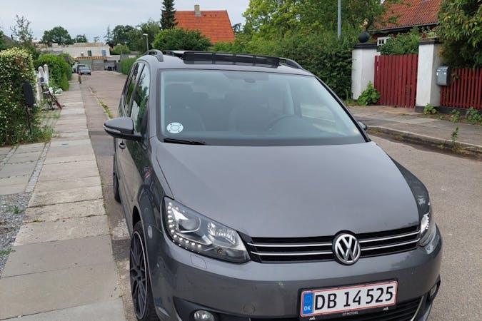 Billig billeje af Volkswagen Touran med GPS nær 2770 Kastrup.