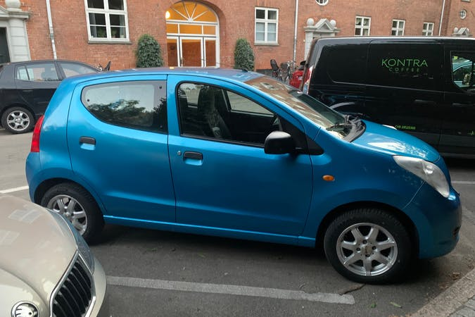 Billig billeje af Suzuki Alto nær 2200 København.