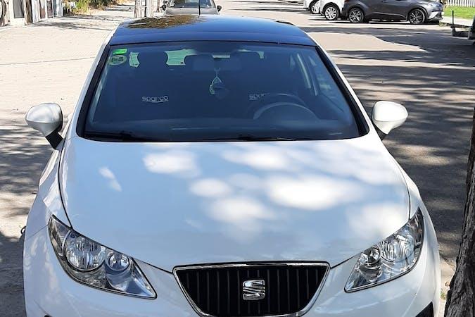 Alquiler barato de Seat Ibiza ST cerca de 08027 Barcelona.