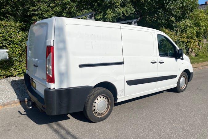 Billig billeje af Peugeot Expert nær 2000 Frederiksberg.