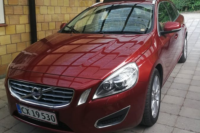 Billig billeje af Volvo V60 med GPS nær 8700 Horsens.
