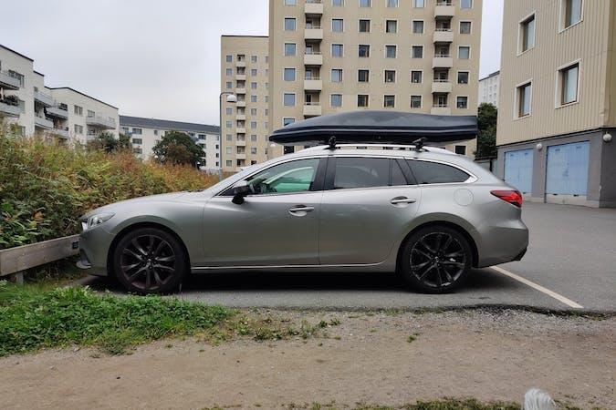 Billig biluthyrning av Mazda 6 med Isofix i närheten av 162 54 Hässelby-Vällingby.