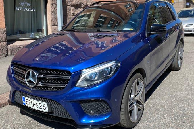 Mercedes GLEn halpa vuokraus GPSn kanssa lähellä  Helsingfors.