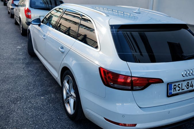 Audi A4 Avantn halpa vuokraus GPSn kanssa lähellä  Helsinki.
