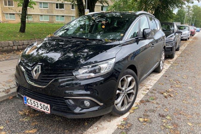 Billig billeje af Renault Grand Scenic med GPS nær 8000 Aarhus.