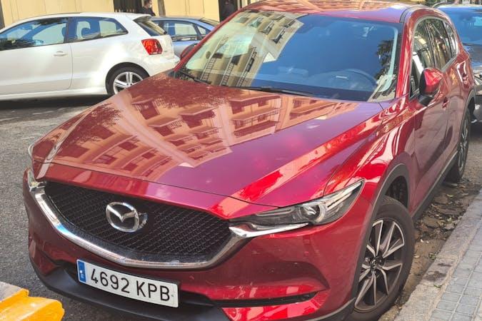 Alquiler barato de Mazda CX-5 con equipamiento GPS cerca de 28009 Madrid.