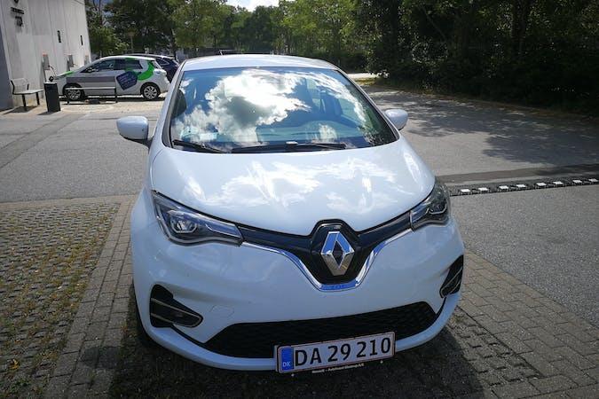 Billig billeje af Renault Zoe med GPS nær  København.