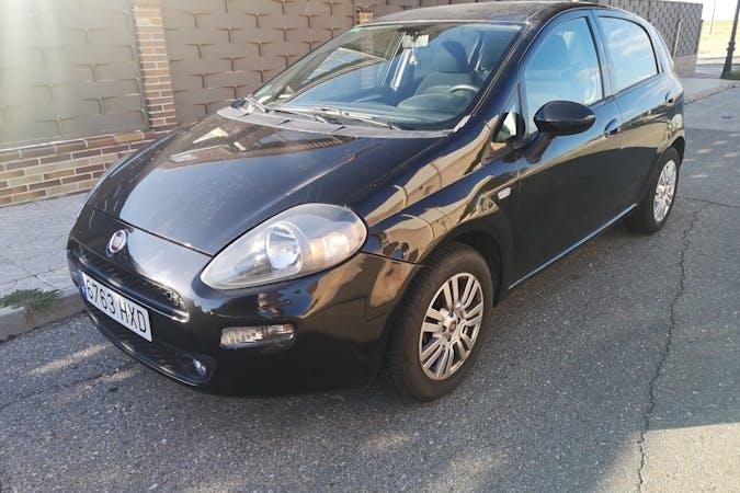 Alquiler barato de Fiat Punto cerca de  Madrid.