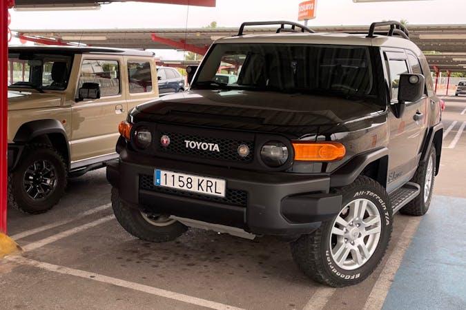 Alquiler barato de Toyota Land Cruiser cerca de 03004 Alicante (Alacant).