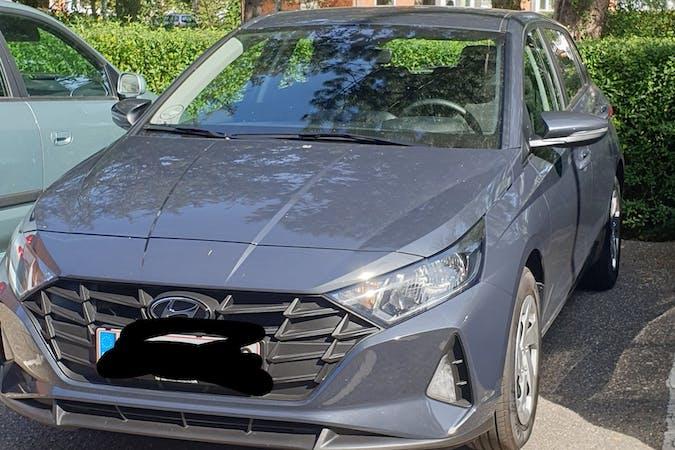 Billig billeje af Hyundai i20 med GPS nær 2650 Hvidovre.