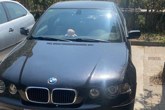 Alquiler barato de BMW 3 Series con equipamiento GPS cerca de 08912 Badalona.
