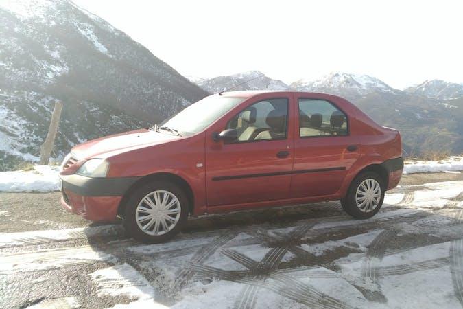 Alquiler barato de Dacia Logan cerca de 33458 .
