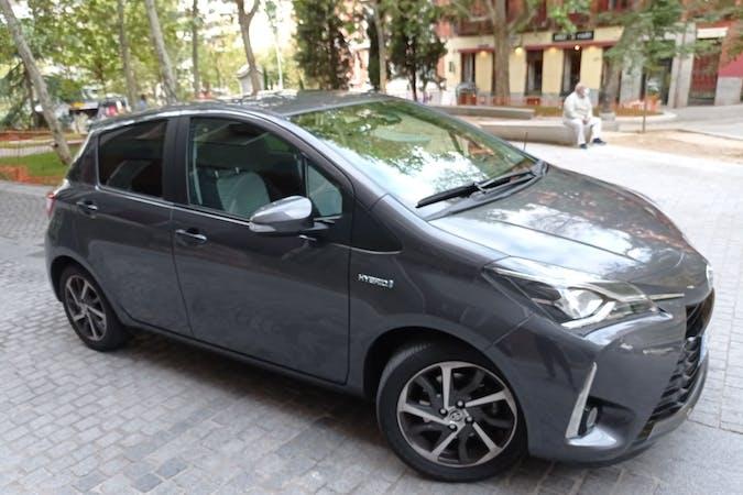 Alquiler barato de Toyota Yaris cerca de 28015 Madrid.