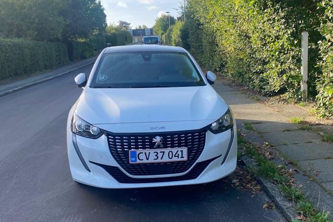 Billig billeje af Peugeot 208 med GPS nær 8260 Viby J.