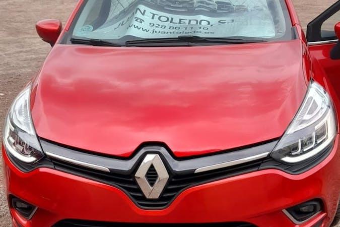 Alquiler barato de Renault Clio con equipamiento GPS cerca de 35509 Arrecife.