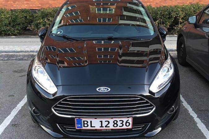 Billig billeje af Ford Fiesta med Bluetooth nær  Kastrup.