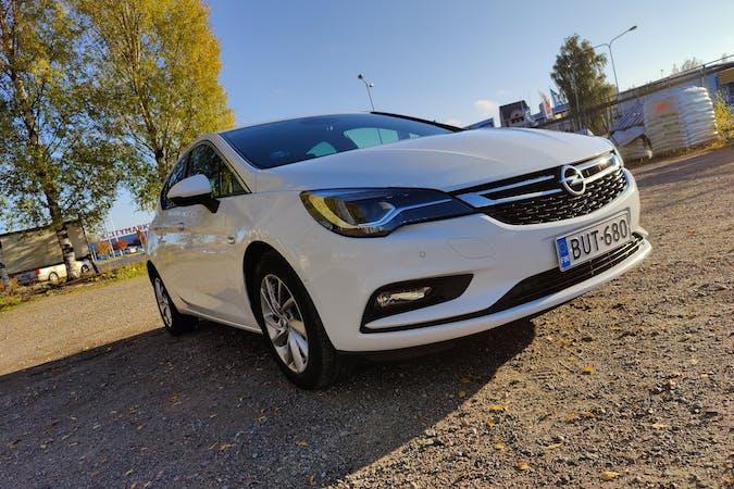 Opel Astran halpa vuokraus GPSn kanssa lähellä 33720 Tampere.
