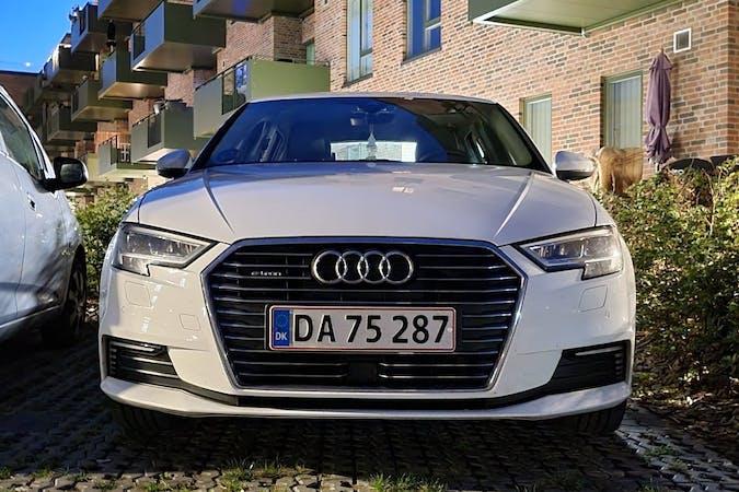 Billig billeje af Audi A3 med GPS nær 8930 Randers.