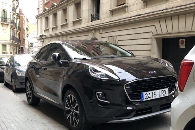 Alquiler barato de Ford Puma cerca de 08023 Barcelona.