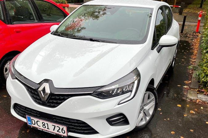 Billig billeje af Renault Clio med Bluetooth nær 2300 København.
