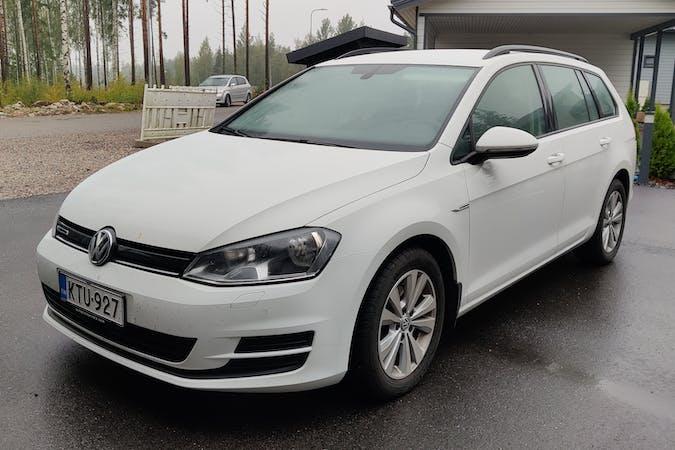 Volkswagen Golf Variantn halpa vuokraus Isofix-kiinnikkeetn kanssa lähellä 04430 Järvenpää.