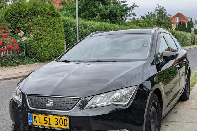 Billig billeje af Seat León med GPS nær 2800 Kongens Lyngby.