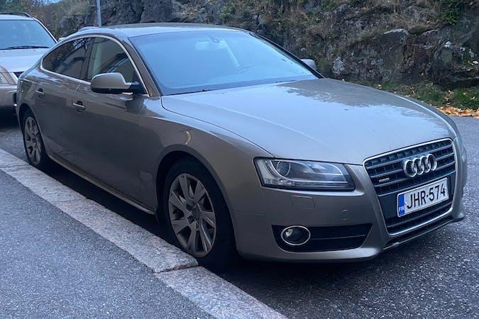 Audi A5n halpa vuokraus Ilmastointin kanssa lähellä  Helsinki.