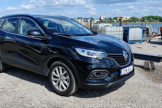 Billig biluthyrning av Renault Kadjar med GPS i närheten av 461 31 Centrala Staden-Tingvalla.