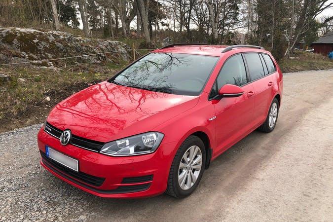 Billig biluthyrning av Volkswagen Golf med Isofix i närheten av 116 64 Södermalm.