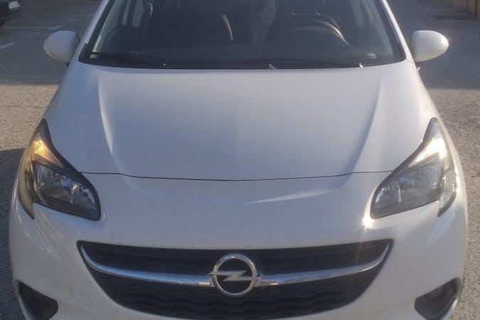 Alquiler barato de Opel Corsa cerca de 41013 Sevilla.