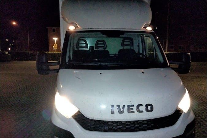 Billig billeje af Iveco Daily med Isofix beslag nær 2450 København.