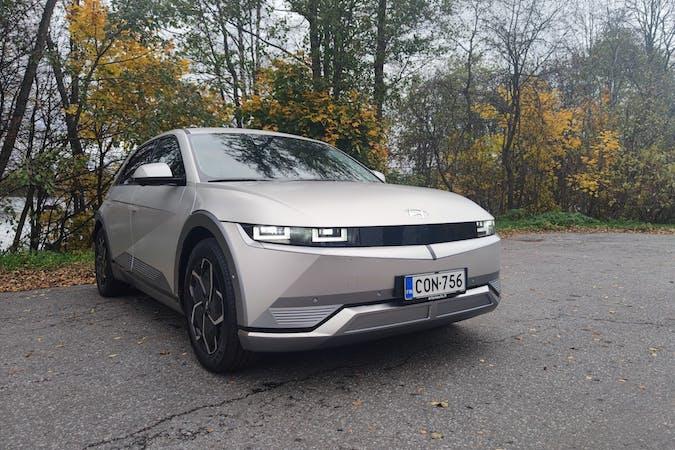 Hyundai Ioniq 5n halpa vuokraus GPSn kanssa lähellä 33710 Tampere.