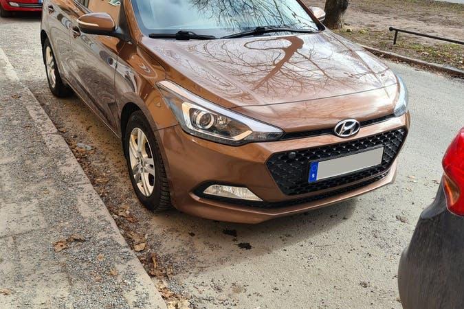 Billig biluthyrning av Hyundai i20 med Isofix i närheten av 116 31 Södermalm.