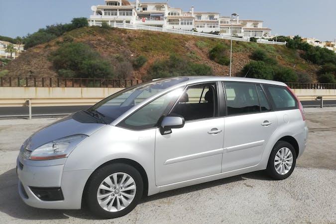 Alquiler barato de Citroën Grand C4 Picasso cerca de 29004 Málaga.