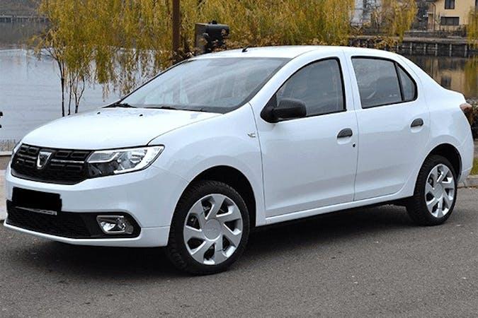 Alquiler barato de Dacia Logan cerca de 08015 Barcelona.