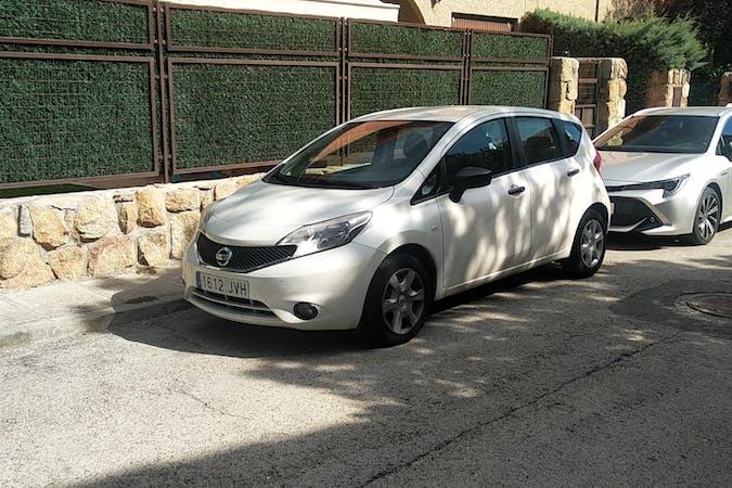 Alquiler barato de Nissan Note cerca de 41018 Sevilla.