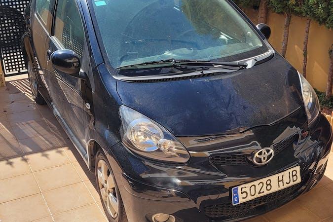 Alquiler barato de Toyota AYGO cerca de 30368 Los Urrutias.