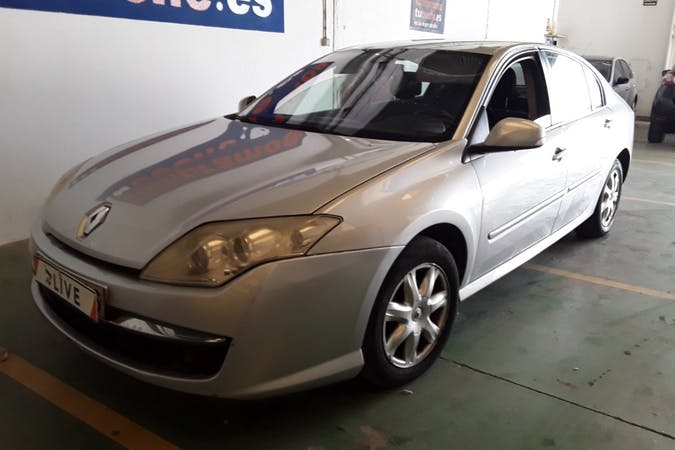 Alquiler barato de Renault Laguna cerca de 28007 Madrid.