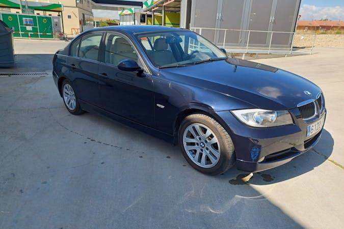Alquiler barato de BMW 320d cerca de 28036 Madrid.