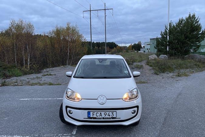 Billig biluthyrning av Volkswagen UP! i närheten av 135 37 Bollmora.