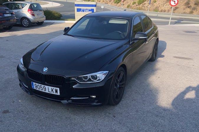 Alquiler barato de BMW 3 Series con equipamiento GPS cerca de 29010 Málaga.