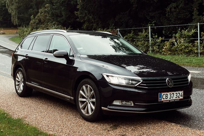 Billig billeje af Volkswagen Passat med GPS nær 3460 Birkerød.
