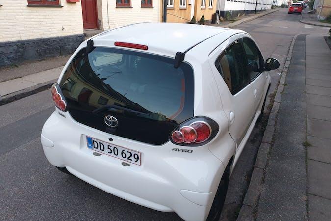 Billig billeje af Toyota AYGO med Aircondition nær 4300 Holbæk.