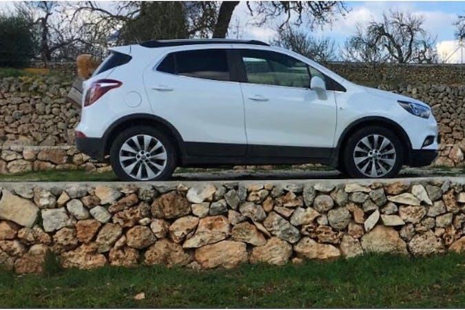 Alquiler barato de Opel Mokka X cerca de 07611 Palma.