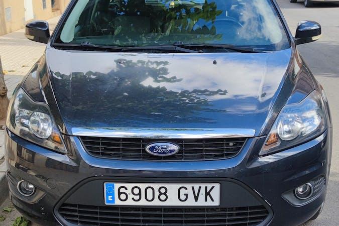 Alquiler barato de Ford Focus con equipamiento Fijaciones Isofix cerca de 03502 Benidorm.