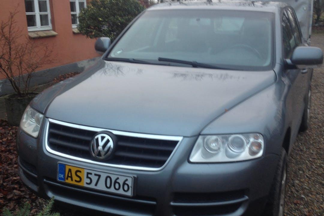 Billig billeje af Volkswagen Touareg med Anhængertræk nær 7323 Give.